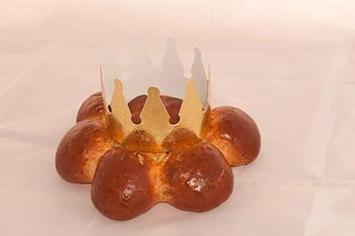 6er speck-königskuchen und krone